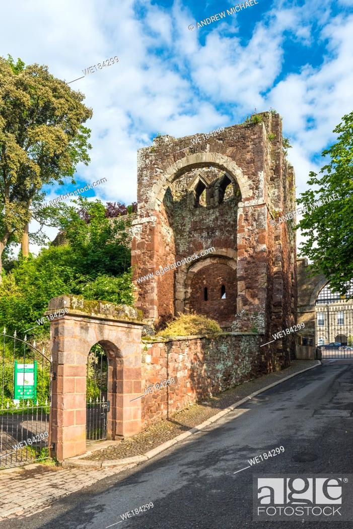 Stock Photo: Entrance to Rougemount Castle, Exeter, Devon, England, UK.