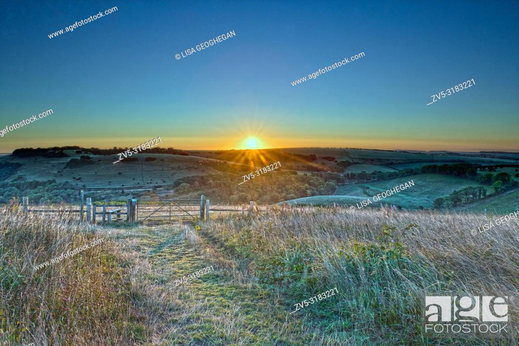 Stock Photo: Sunrise at Devil's Dyke, Brighton, East Sussex. Uk.