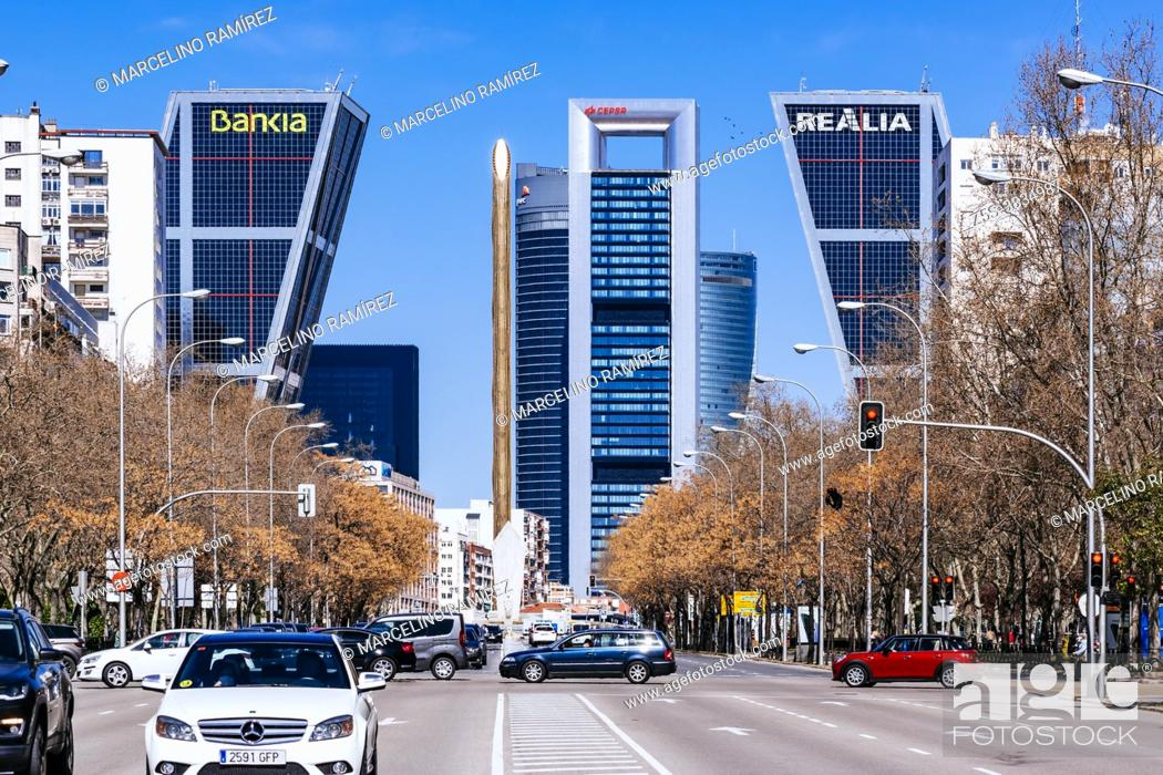 Stock Photo: View of the business area of Plaza de Castilla from Paseo de la Castellana. Ã. rea de negocios de Cuatro Torres - ANCA or CTBA.