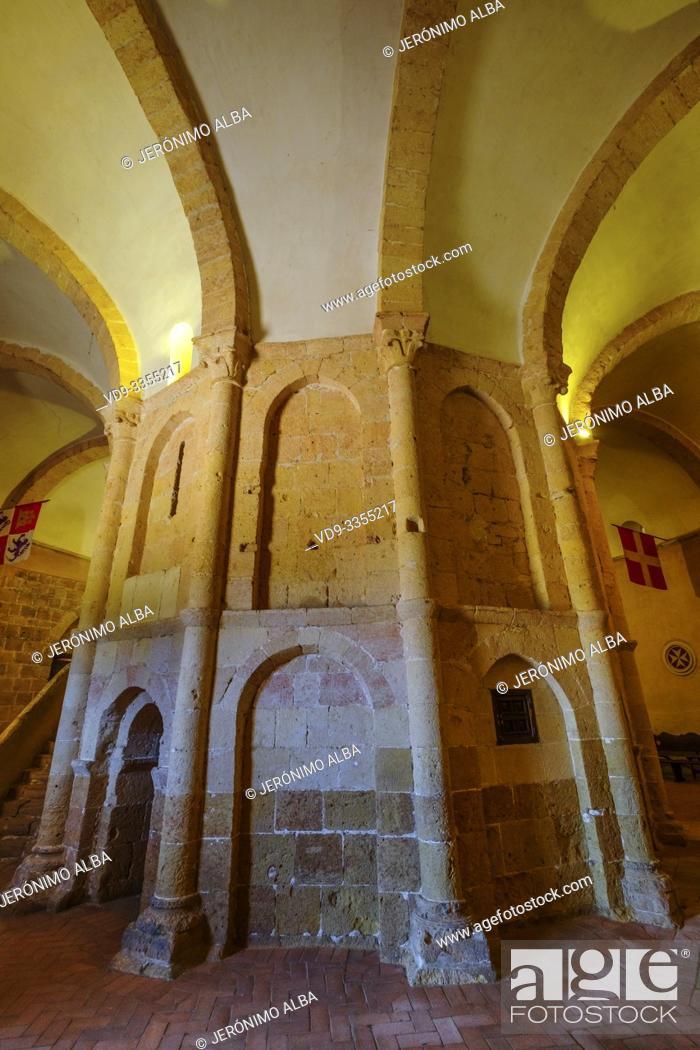 Stock Photo: Romanesque church La Vera cruz or Holy sepulchre, Segovia city. Castilla León, Spain Europe.