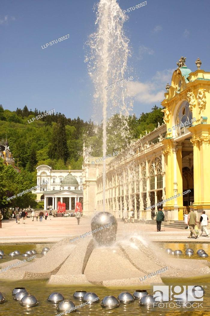 Stock Photo: Singing fountain, Marianske Lazne.