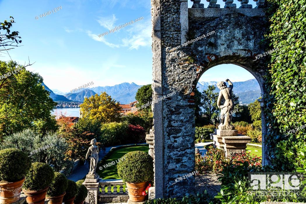 Stock Photo: The Borromeo's Palace and gardens on Isola Bella, Borromean Islands, Lake Maggiore, Piedmont, Italy.