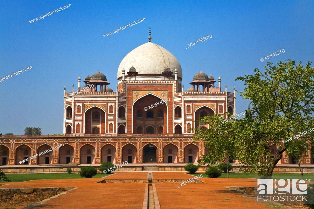 Stock Photo: HUMAYUN'S TOMB was built of white marble and red sandstone in 1565 and is a fine example of MUGHAL architecture - NEW DELHI, INDIA - 01/01/2009.