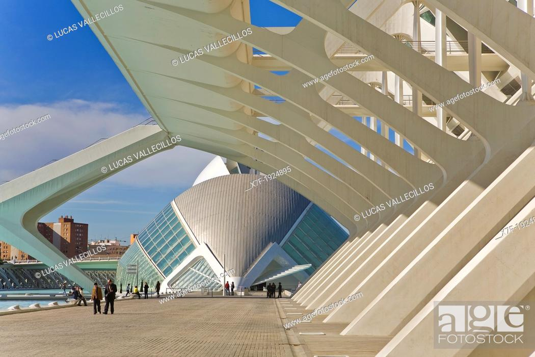 Stock Photo: Príncipe Felipe Sciences Museum and The Hemisferic, City of Arts and Sciences, by S  Calatrava  Valencia  Spain.