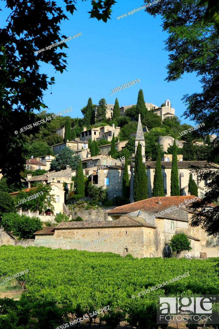 Stock Photo: Overview of Roque-sur-Ceze, labelled The Most Beautiful Villages of France, in Gard deparment, Languedoc-Roussillon region. France.