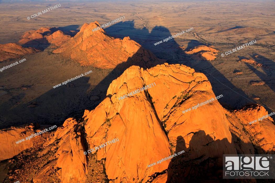 Stock Photo: Namibia, Erongo Region, Damaraland, the Spitzkoppe or Spitzkop (1784 m), granite mountain in the Namib Desert (aerial view).