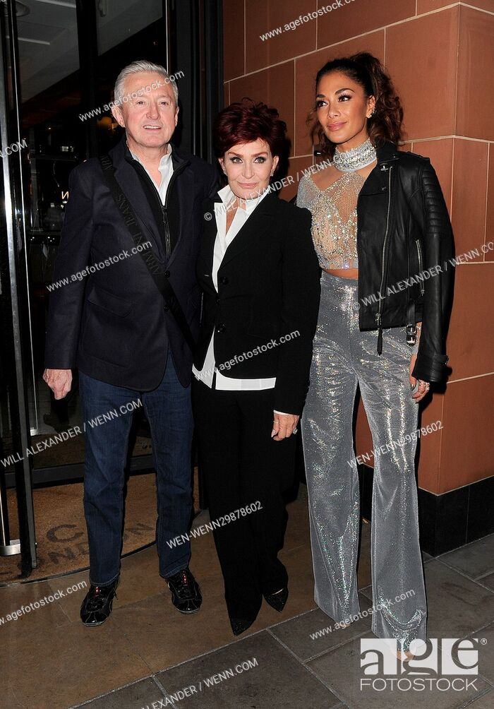 Photo de stock: 'X Factor' judges Nicole Scherzinger, Louis Walsh and Sharon Osbourne enjoy a late dinner at C restaurant in Mayfair, following the results of the live TV show.