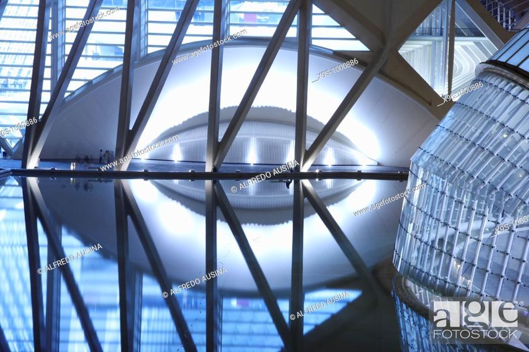 Stock Photo: City of Arts and Sciences by Santiago Calatrava, Valencia. Comunidad Valenciana, Spain.