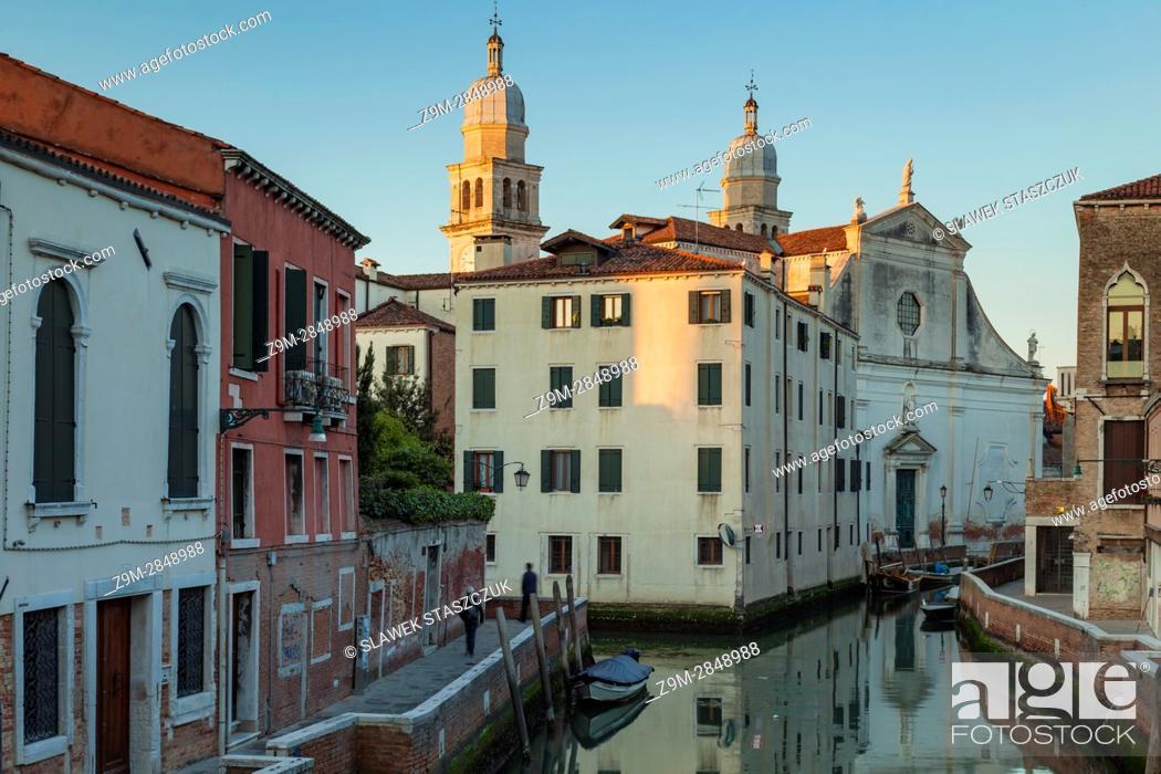 Stock Photo: Sunrise in sestiere of Dorsoduro, Venice, Italy.