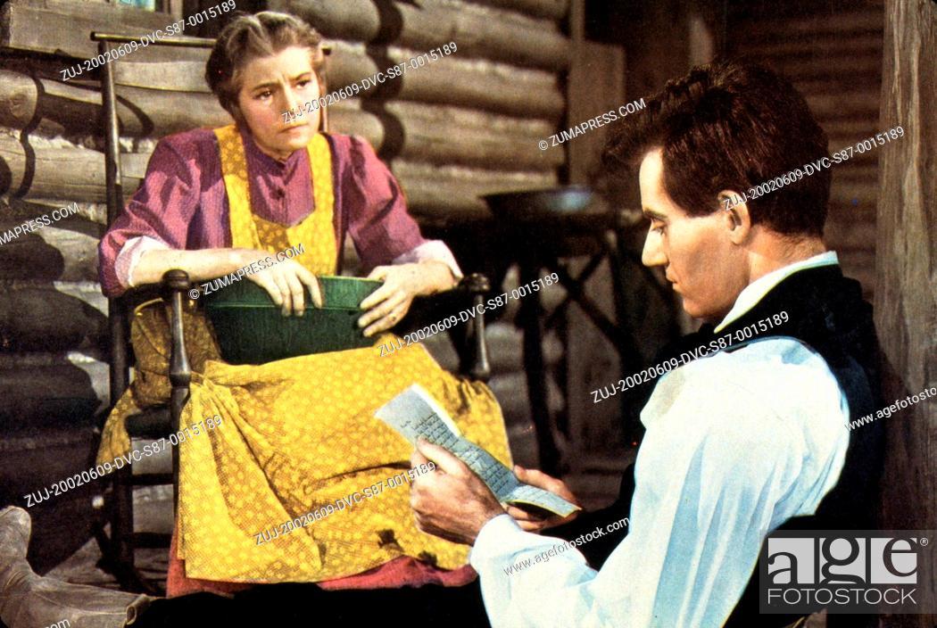 Stock Photo: 1939, Film Title: YOUNG MR. LINCOLN, Director: JOHN FORD, Studio: FOX, Pictured: ALICE BRADY, HENRY FONDA. (Credit Image: SNAP/ZUMAPRESS.com).