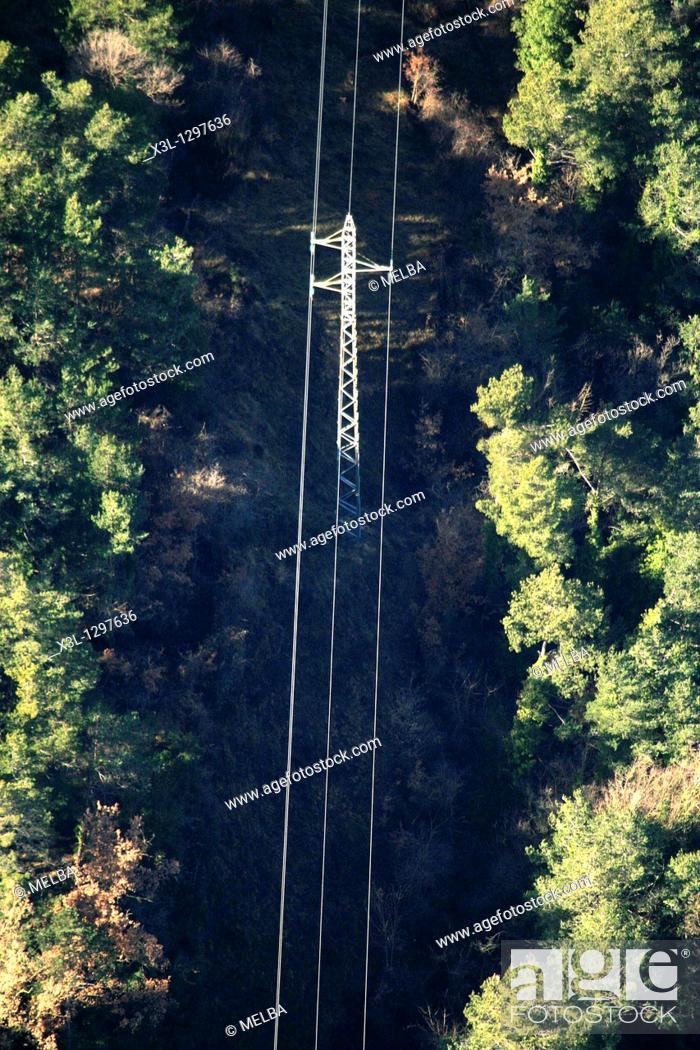 Stock Photo: Power lines, Vic, Barcelona province, Catalonia, Spain.