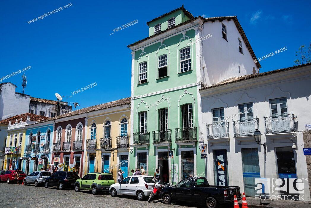 Photo de stock: Portugese colonial architecture, Praca de Se, Bahia, Brazil.