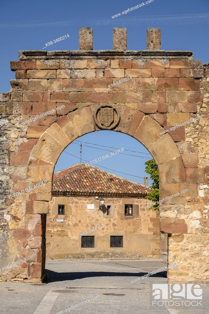 Stock Photo: arco de arriba - puerta de oriente, Conjunto medieval amurallado, Retortillo de Soria, Soria, comunidad autónoma de Castilla y León, Spain, Europe.