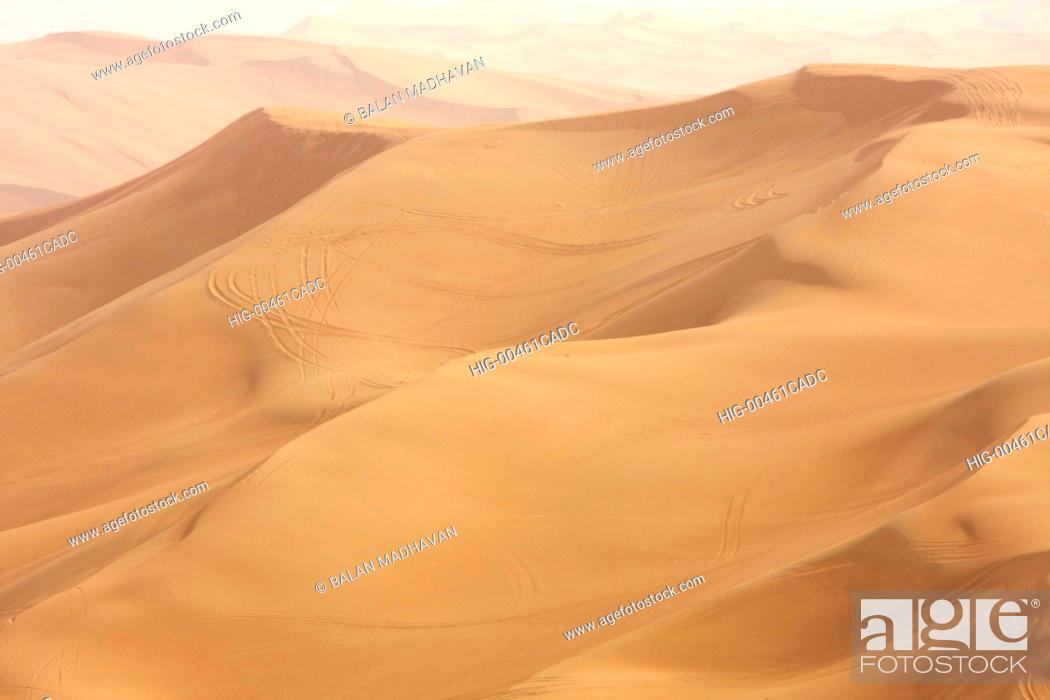 Stock Photo: SAND DUNES IN DUBAI.