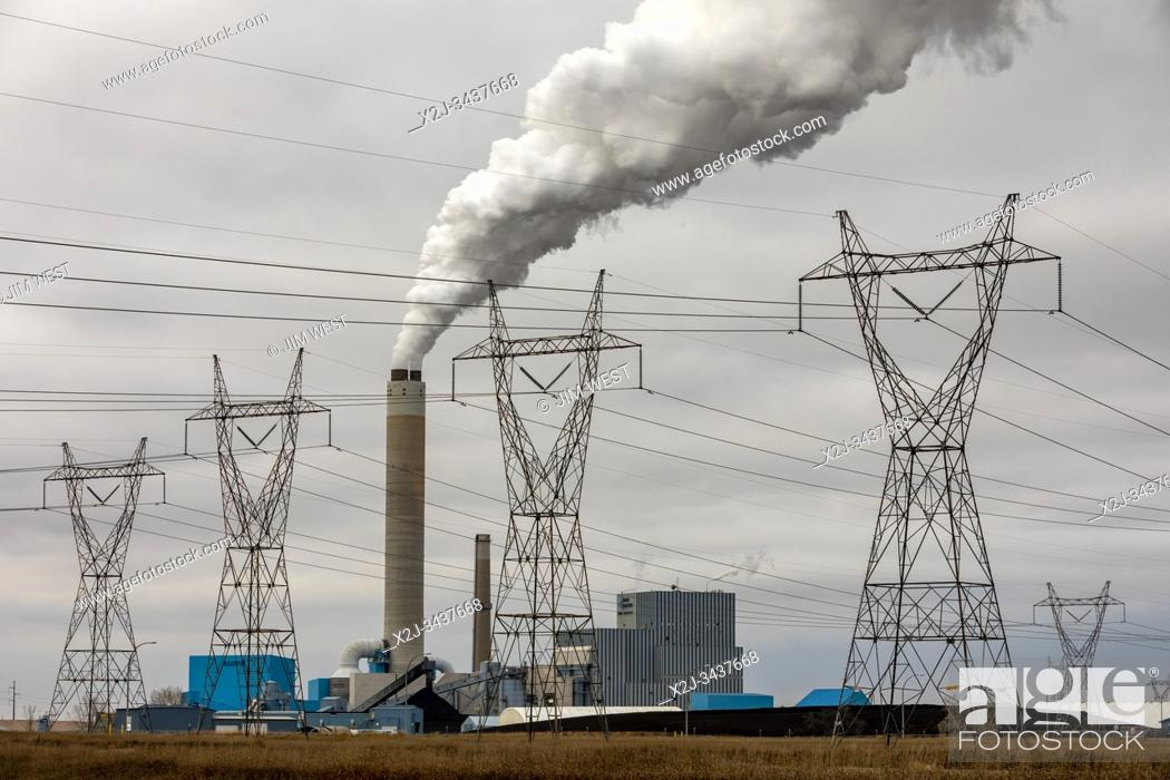 Stock Photo: Stanton, North Dakota - Basin Electric Power Cooperativeâ. . s Leland Olds Station, a lignite-fueled electricity generating station.