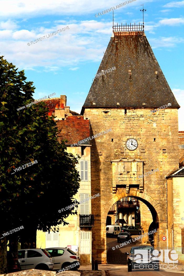 Imagen: Noyers sur Serein, Yonne (89), Burgundy, scenery on the village.