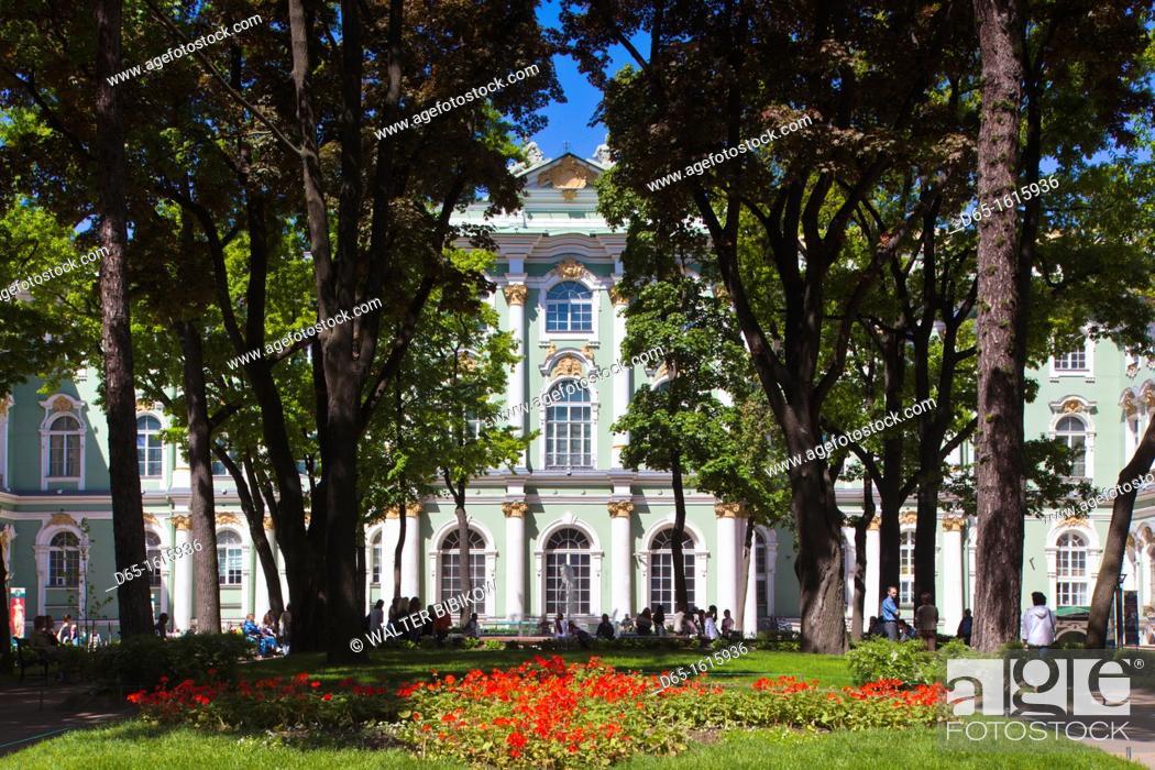 Stock Photo: Russia, Saint Petersburg, Center, Winter Palace, Hermitage Museum, exterior.