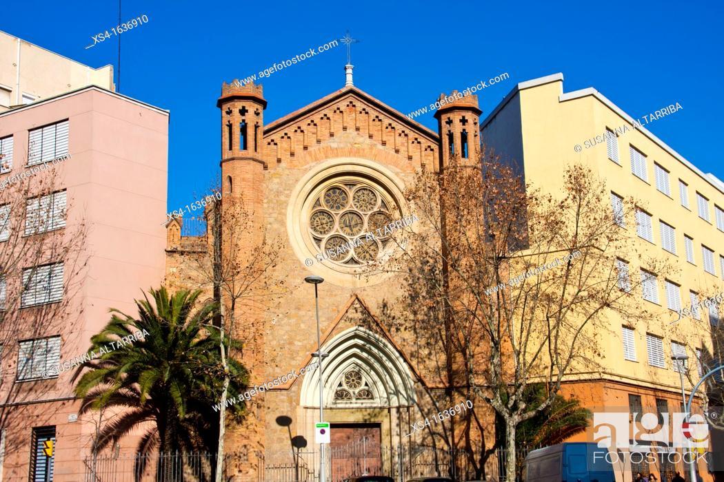"""Stock Photo: Chapel School """"Nuestra Sra. Del Rosario."""" C / Roger de Flor corner C / Mallorca Barcelona, Spain, Europe."""