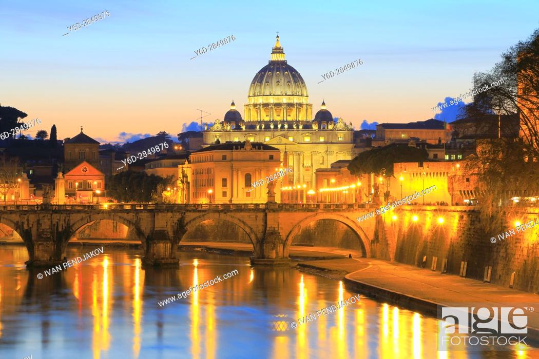 Stock Photo: St Peter's Basilica and the Tiber at Sunset, Rome, Italy.
