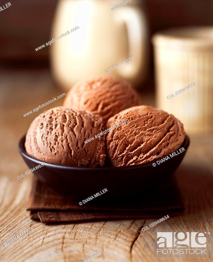 Imagen: Organic chocolate luxury ice cream.