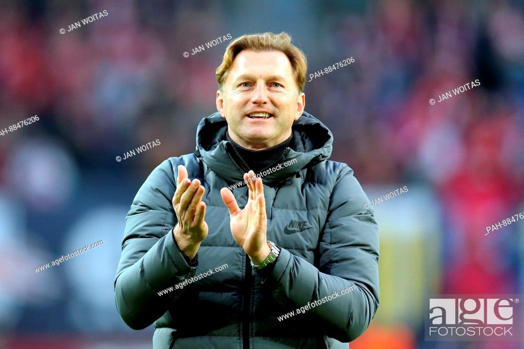 Leipzig Manager Ralph Hasenhuttl Applauds During The German Bundesliga Soccer Match Between Rb Stock Photo Picture And Rights Managed Image Pic Pah 88476206 Agefotostock
