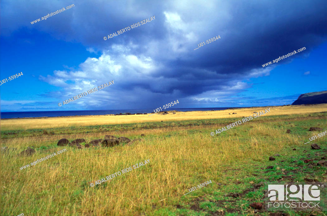 Stock Photo: Evening light, Easter Island, Chile.