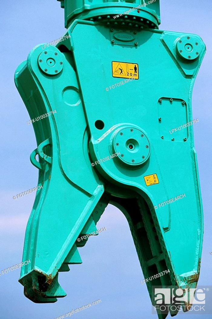 Stock Photo: Detail of heavy duty pulveriser attachment.
