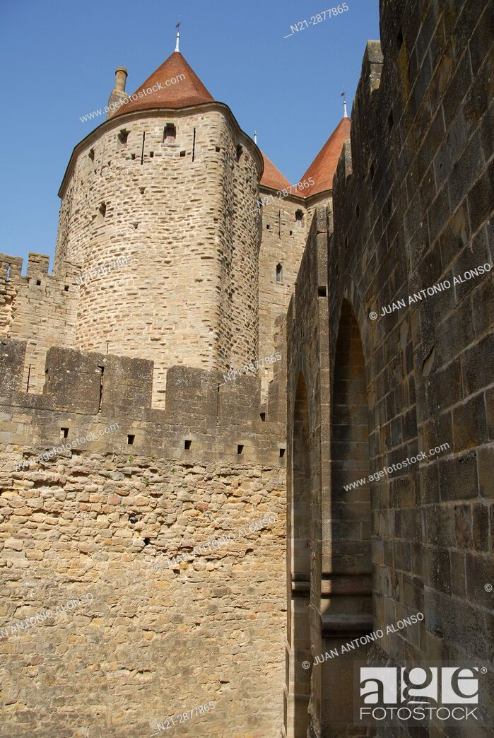 Stock Photo: Partial view of the towers that compose the Narbonne Gate to the fortified city of Carcassonne. Languedoc - Roussillon. France, Europe.
