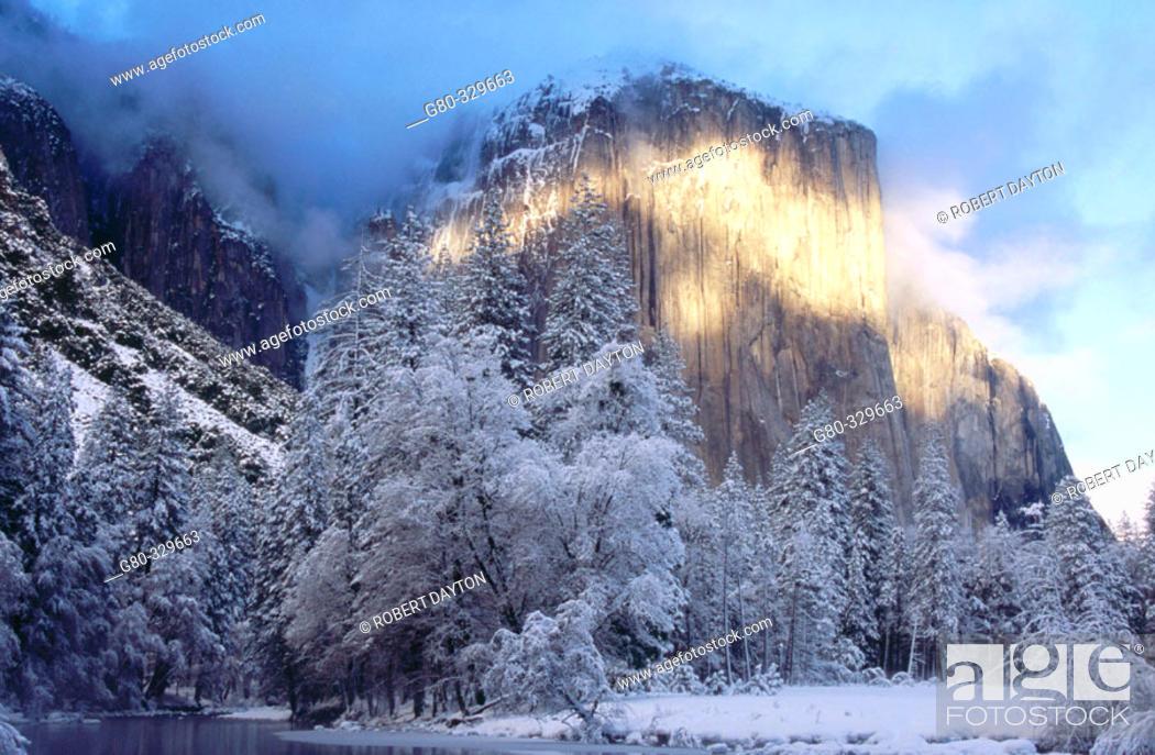 Stock Photo: Alpenglow. Yosemite National Park. California. USA.