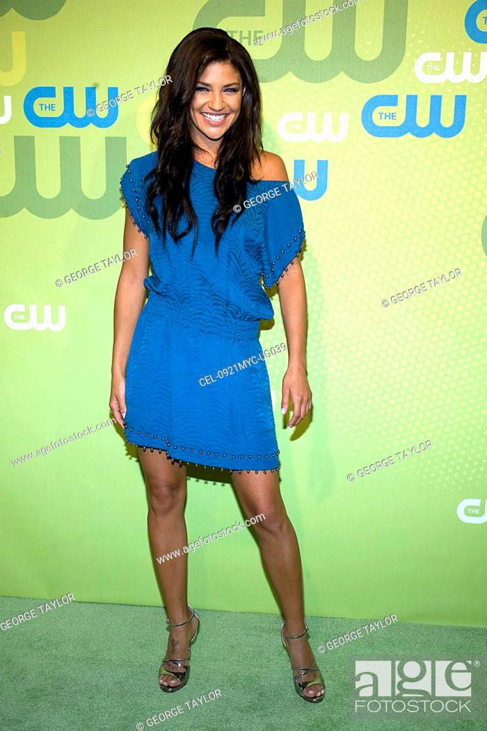 Jessica Szohr Wearing A Rebecca Taylor Dress At Arrivals For The