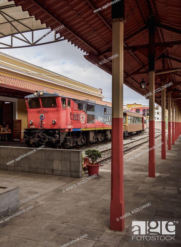 Stock Photo: Train at Railway Station in Riobamba, Chimborazo Province, Ecuador.
