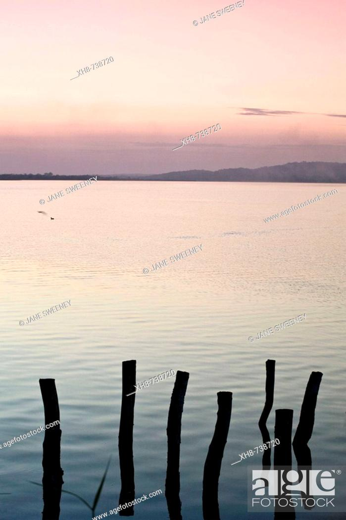 Stock Photo: GUATEMALA, El Peten, Flores, Lago de Peten Itza.