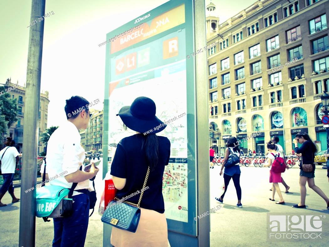 Subway Map Of Barcelona Spain.Couple In Front Of A Subway Map Of Barcelona Barcelona Catalonia