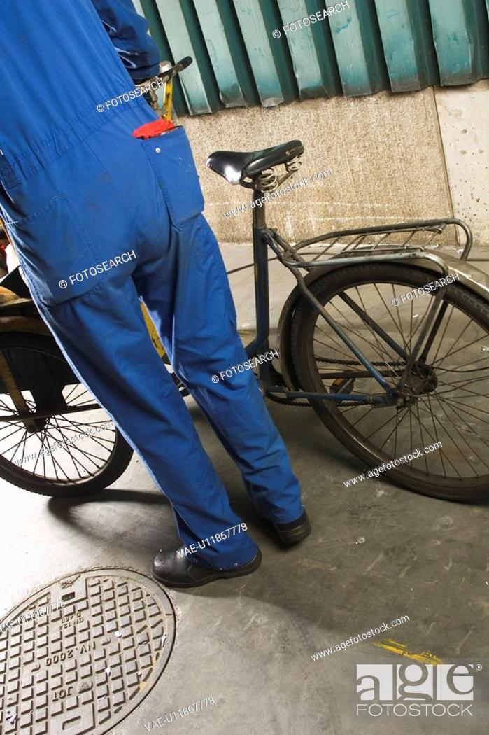 Stock Photo: Bicycle, Day, Holding, Manual Worker, Mechanic.