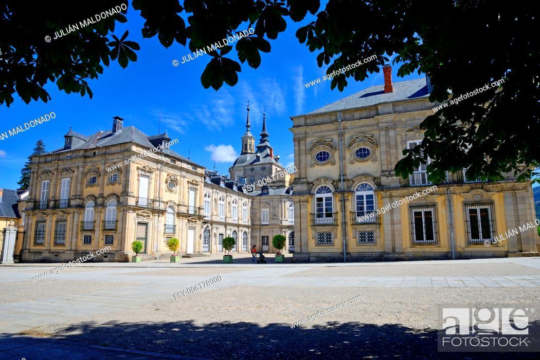 Imagen: Royal Palace of La Granja de San Ildefonso, Segovia, Castilla Leon, Spain.