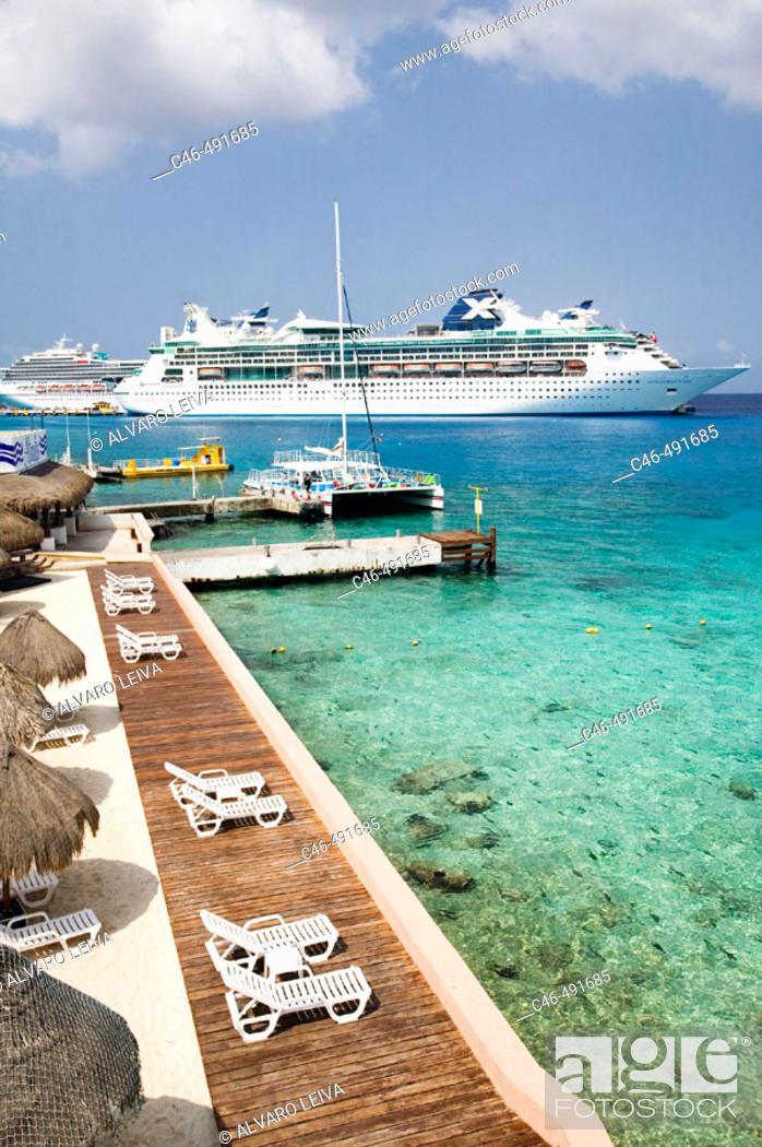 Stock Photo: Cruise ship at port, Cozumel island. Quintana Roo, Yucatan Peninsula, Mexico.