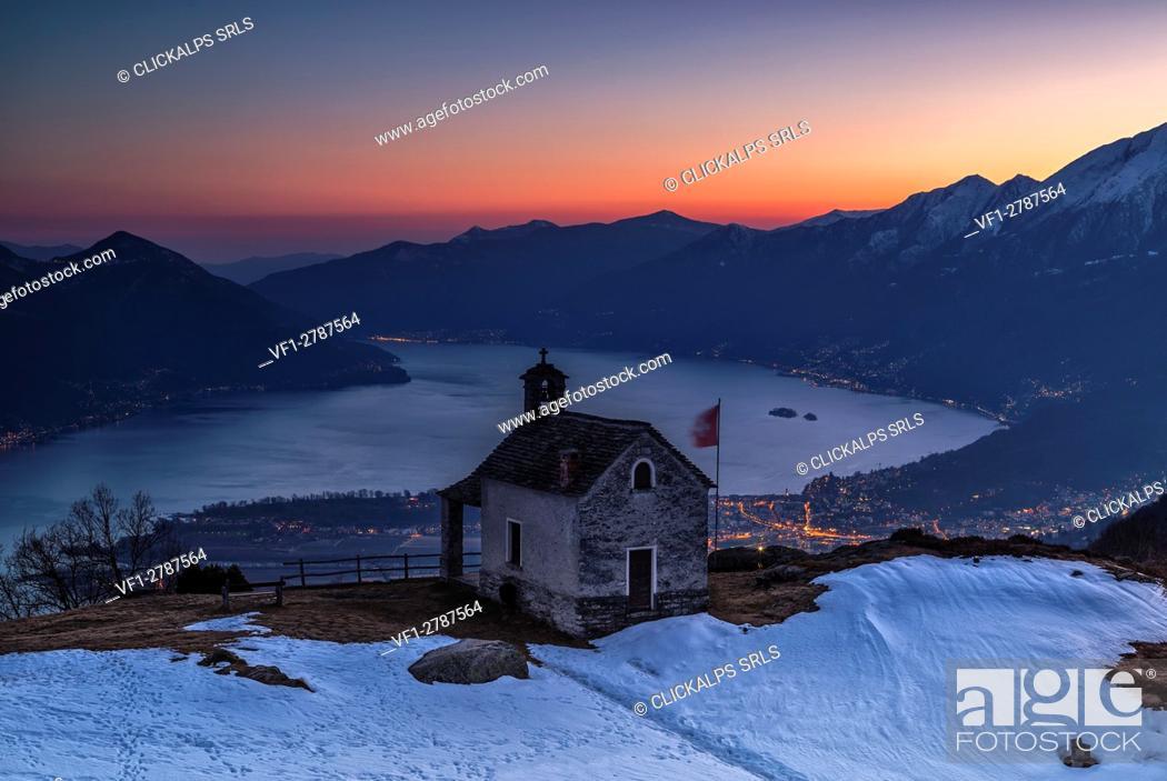 Stock Photo: Switzerland, Ticino, Lake Maggiore, Locarno, mount of Lego, sunset, .