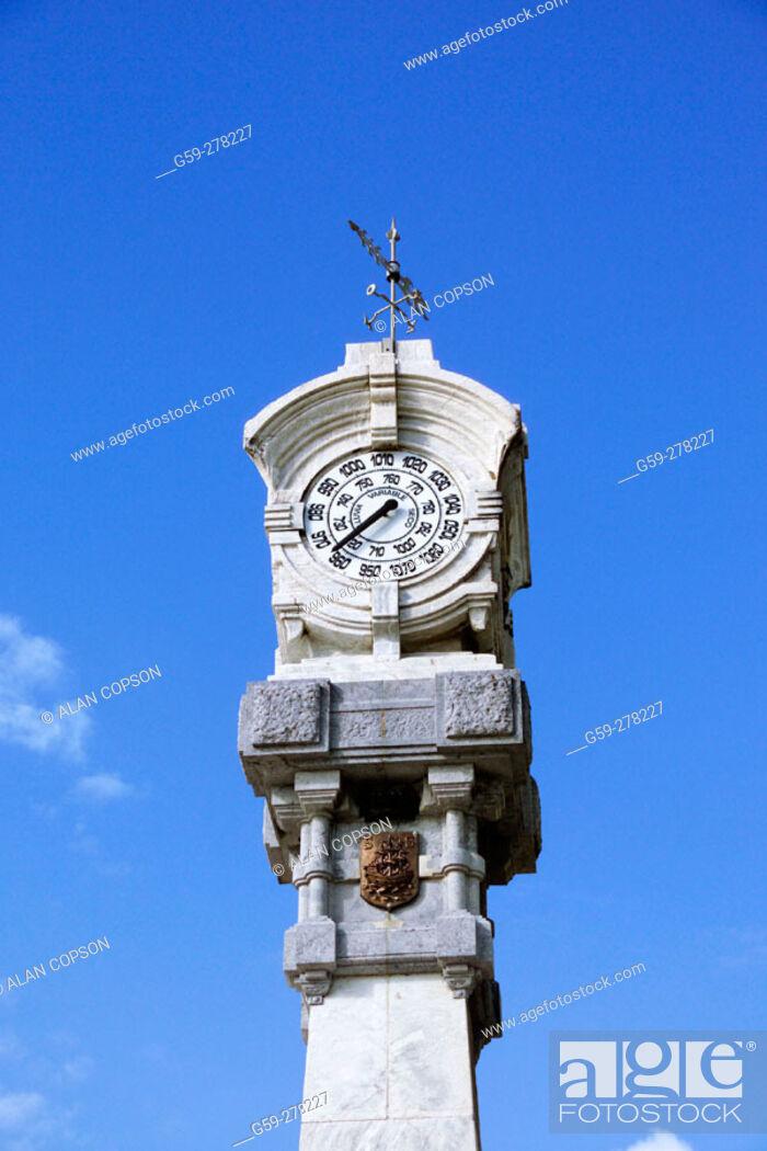 Stock Photo: Barometer. Playa de la Concha. San Sebastian. Guipuzcoa. Basque Country. Spain.