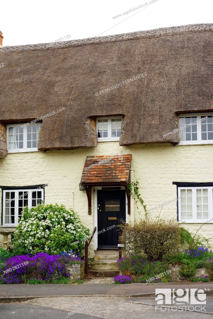 Stock Photo: Cottage. Long Crendon. Oxfordshire. England.