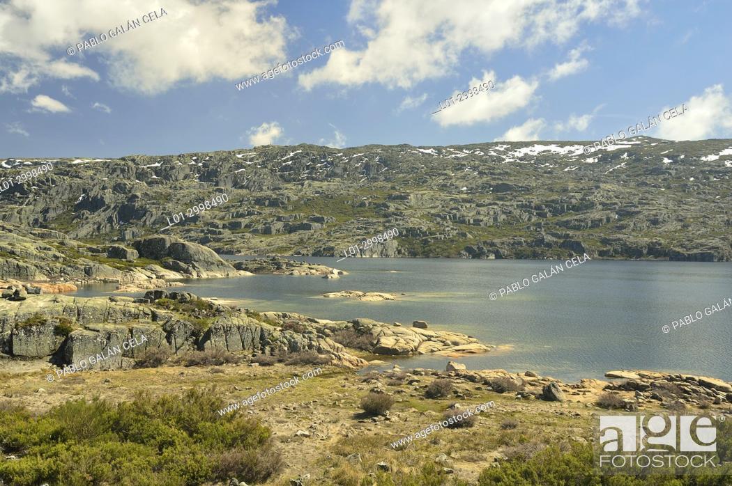Imagen: Lago Comprida. Serra da Estrela. Portugal.