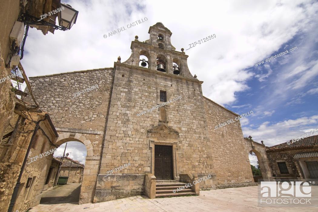 Imagen: Maderuelo is an ancient village in Segovia province Castile Leon Spain. St Maria del Castillo church.