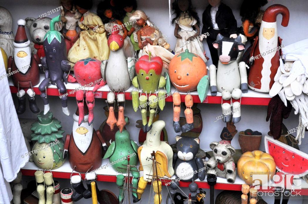 Stock Photo: Paris, France, antique shop at Marché Vernaison.
