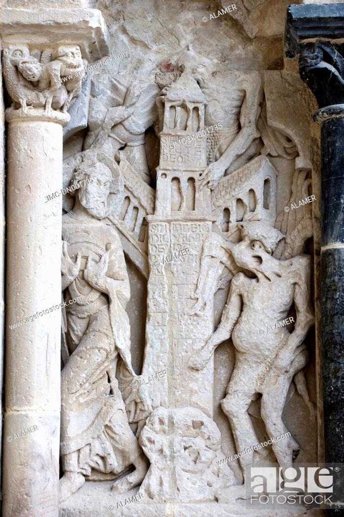 Stock Photo: France, Limousin, church of Beaulieux-sur-Dordogne, tentation of the christ.