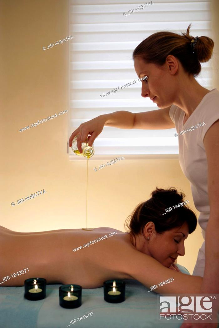 Stock Photo: Woman, 35, having a massage with oil.