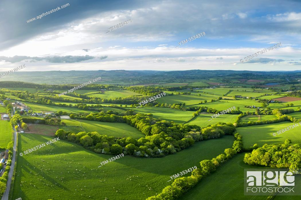 Stock Photo: Spreeng in Devon seen over Beacon Hill near Exeter, Devon, England, United Kingdom, Europe.