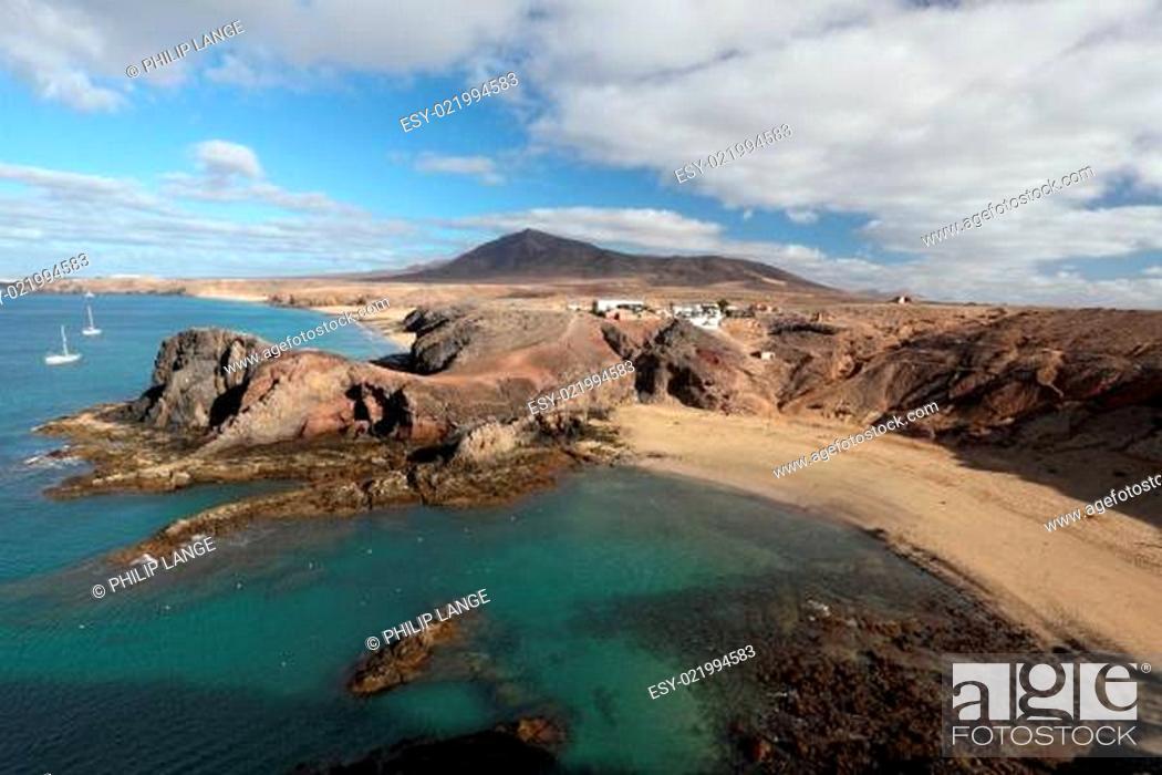 Stock Photo: Playa de Papagayo and coastline in Lanzarote, Canary Islands, Spain.