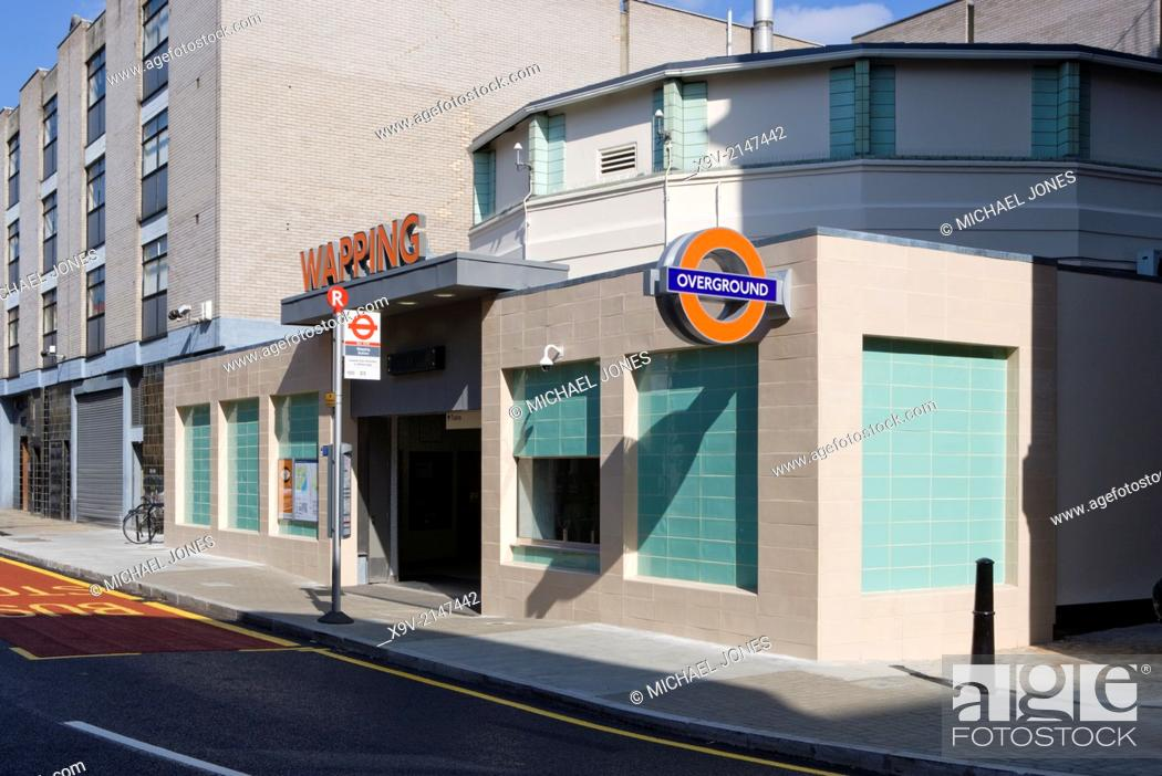Imagen: Wapping Station, London Overground Railway, London.