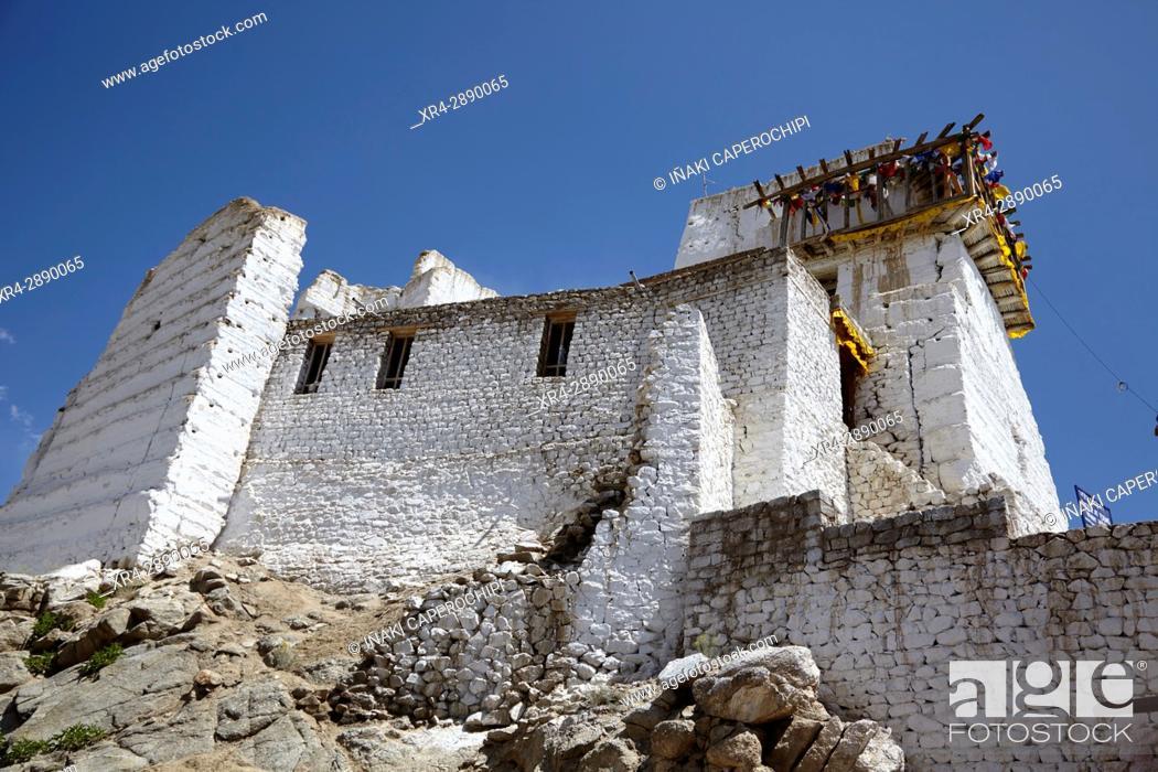 Stock Photo: Namgyal Tsemo Gompa, Valle de Leh, Leh, Ladakh, India.