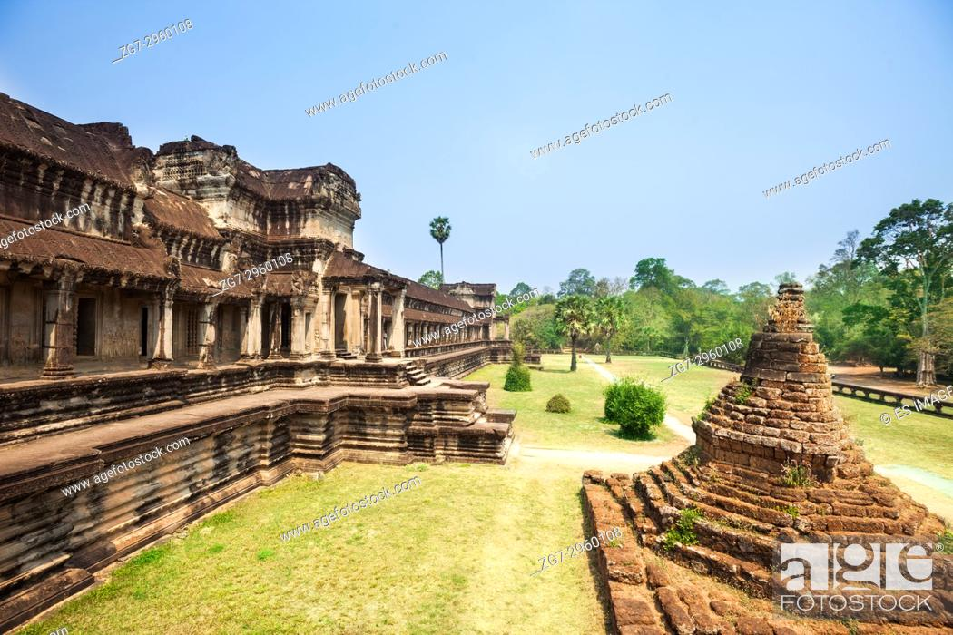 Stock Photo: The outside walls of Angkor Wat temple, Siem Reap, Cambodia.