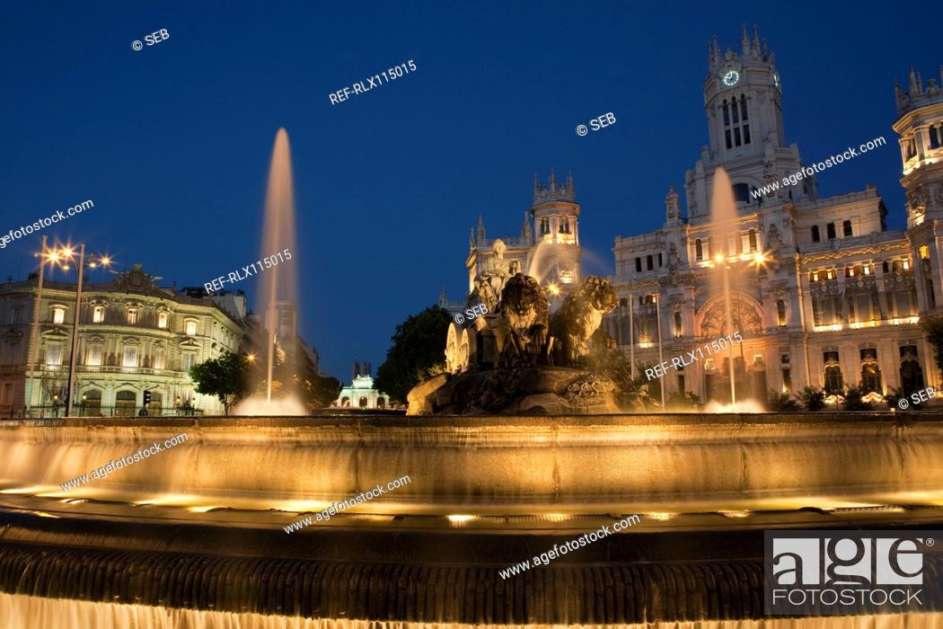 Stock Photo: Cibeles Fountain and Palacio de Comunicaciones, Madrid, Spain.